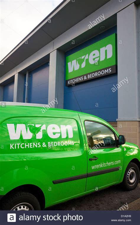 delivery van  retail warehouse wren kitchens