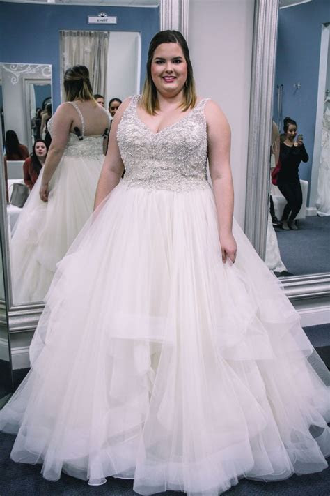 Best 25  Plus size wedding ideas on Pinterest   Plus size