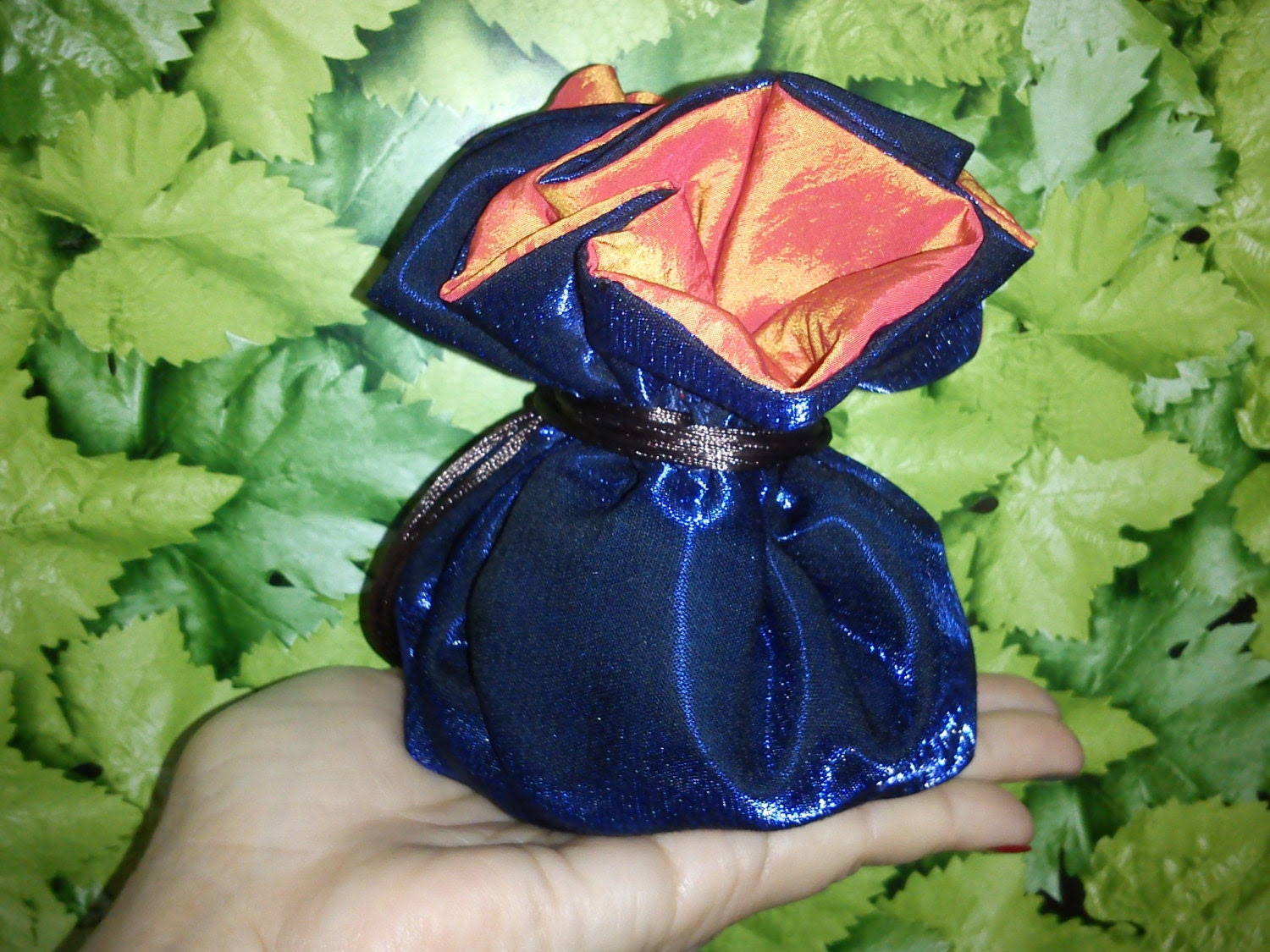 Jewelry pouch.Exellent for travell  for safety of your jewelry.