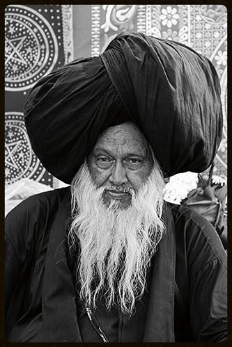 Baba Syed Ali Masoomi Madari Aqsan  Dam Madar Beda Par by firoze shakir photographerno1