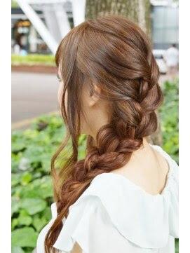 Instagramで話題!美容師に学ぶ簡単可愛いヘアアレンジ  - ヘアアレンジ 編み込み 簡単