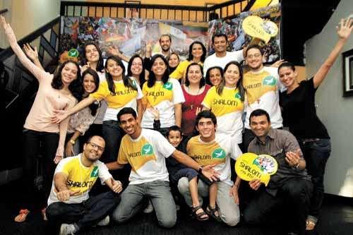Comunidade Shalom: grupo de jovens de várias paróquias do DF e outros com interesse em participar da Jornada Mundial da Juventude se unem para a viagem ao Rio de Janeiro  (Viola Junior/Esp. CB/D.A Press)