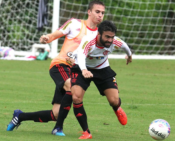 Bressan e Arthur maia treino Flamengo (Foto: Gilvan de Souza / Flamengo)