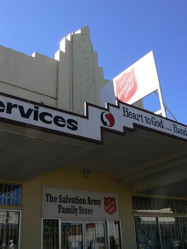 Salvos Family Store, Leeton