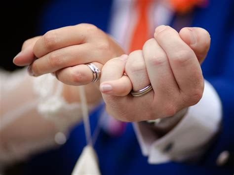 Groom wedding rings: will your man be wearing one?