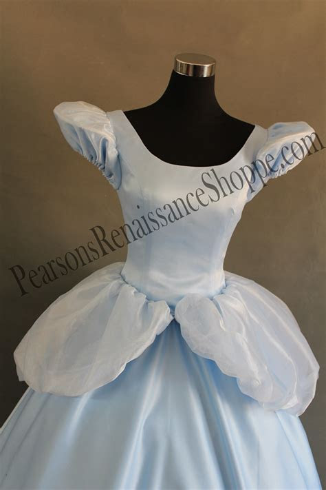 Cinderella Classic Dress With Scallop Sleeve