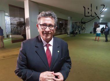 Caetano diz que Temer sai 'infeliz' de votação e aposta em afastamento em nova denúncia