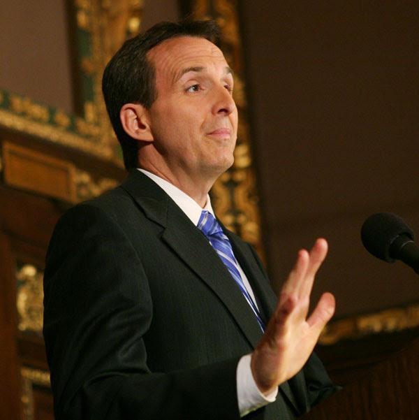 http://politicsinminnesota.com/files/2010/05/pawlenty5.jpg