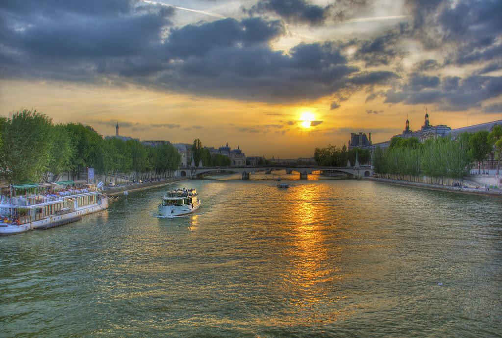 River Siene Paris HDR