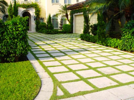 21500d1276244375 grass between pavers pavers outlined grass driveway 520