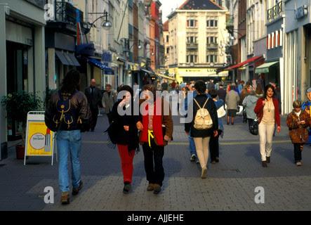 Belgians, Belgian people, Leysstraat, The Meir, city of ...