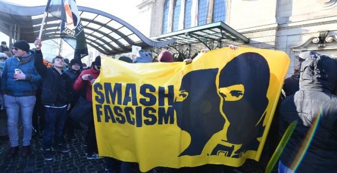 Protesta en Coblenza contra la reunión de los líderes de la extrema derecha europea. - AFP
