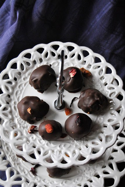 Chocolate Truffles with Tea