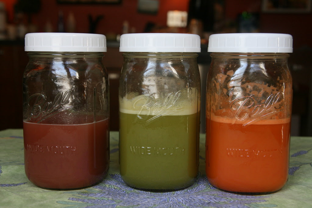 juices - fruit - apple - carrot