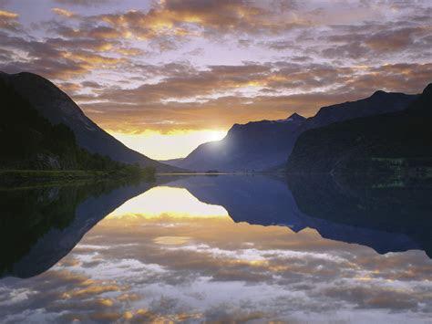 nature strynsvatn lake sogn og fjordane norway picture