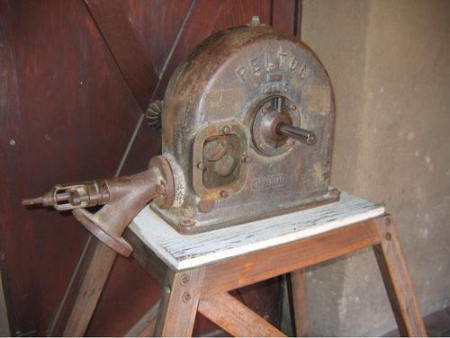 Pelton wheel