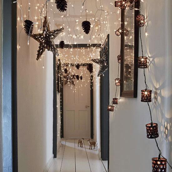 budget-christmas-christmas-hallway-christmas-ideas-livingetc ...