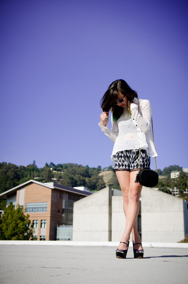 sheer button up {Urban Outfitters}, leopard printed drawers {Pacsun}, Sam Edelman capped-toe mary janes, $5 sunnies {Charlotte Russe}, vintage purse {won via Zipped}