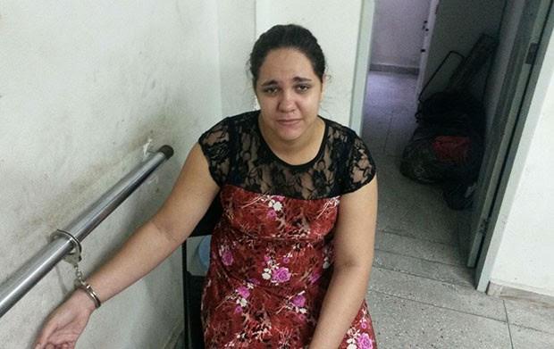 Suspeita de mandar matar a própria mãe, Taliany Lourenço foi presa novamente  (Foto: Divulgação/Polícia Civil)