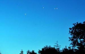 Atividade de OVNIs fotografada na Cúmbria em junho de 2009.