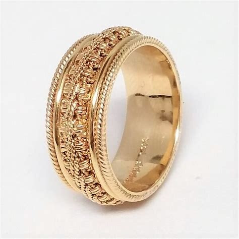 Men's Yellow Gold Ornate Chain and Milgrain Wedding Band