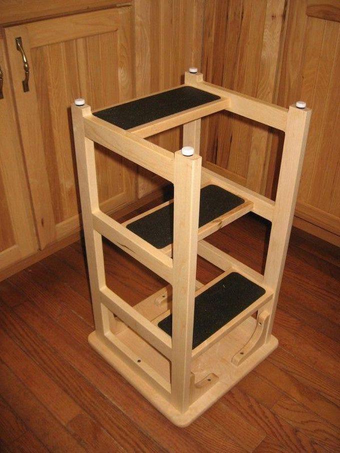 23. А оснастит высокий барный стул ступеньками, получив удобную стремянку креатив, переделка, своими руками