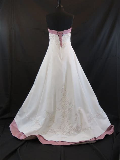 Wedding Dress   Size 10   Ivory/Dusty Rose   Wedding