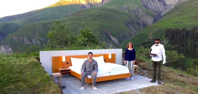 Conheça o curioso hotel que não tem teto nem paredes