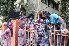 Holi Bash At L.S.Raheja of Architecture, St Martins Road Mumbai by firoze shakir photographerno1