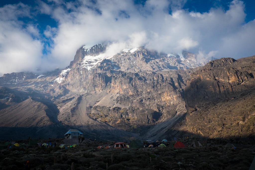 Barranco Camp (3.900 m) - 2. Tag am Kilimanjaro Tansania - Kilimanjaro Kraterschläfer Expedition 2016, Wikinger Reisen