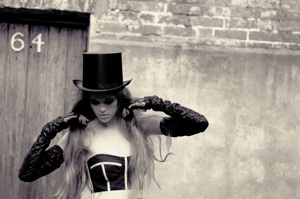 Lulu in Chains, Victoria in the Top Hat.