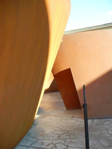 Steel Sculpture by Richard Serra, Cantor Arts Center, Stanford University _ 8371