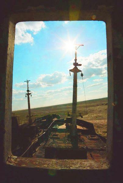Navio encalhado no mar seco de Aral-3