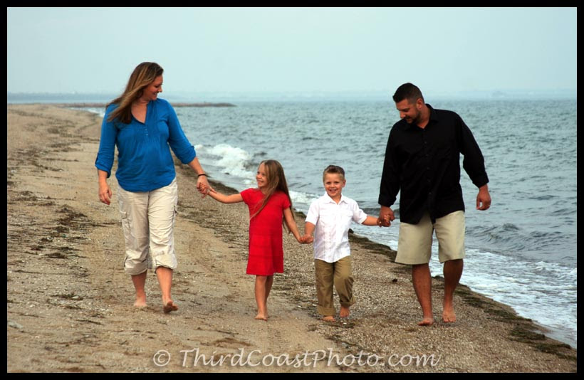 Family Holiday Portraits on the Texas Coast by Third Coast Photo