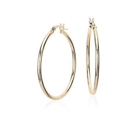 "Medium Hoop Earring in 14k Yellow Gold (1 3/8"")   Blue Nile"