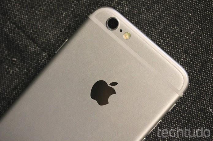 Sucessores do iPhone 6 podem vir com carregador sem fio (Foto: Luana Marfim/TechTudo)