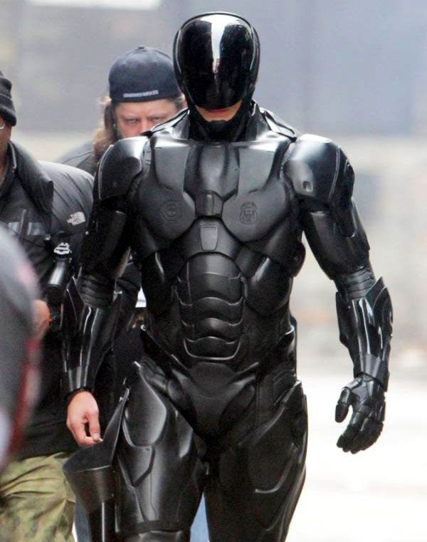Joel Kinnaman plays RoboCop in next year's ROBOCOP.