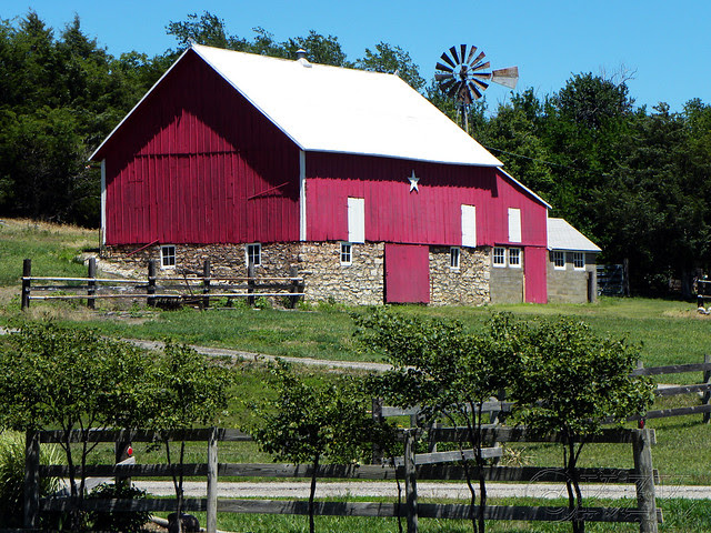 DSCN3961 KS barn