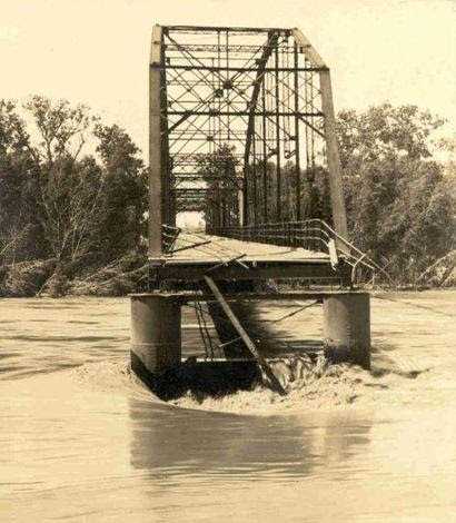 1935 Flood - Colorado River Bridge Columbus Texas