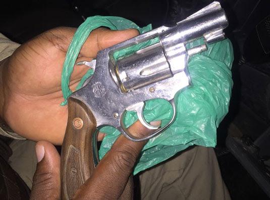 Arma foi encontrada no local do crime, informou a polícia | Foto: Divulgação/PM
