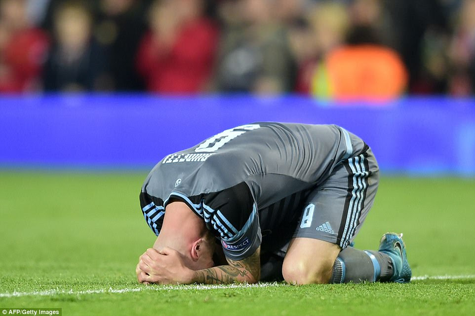 John Guidetti shows his dejection after missing a chance to win the tie with the final kick of the game on Thursday