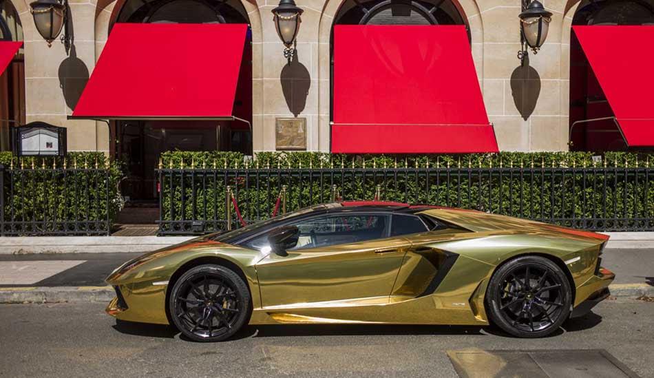Challenging Of Car: Diamond Pure Gold Bugatti Chiron