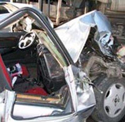 По словам правоохранительных органов, Ларионова выехала с второстепенной дороги, не уступив автомобилю, ехавшему по главной. Ее друг, находившийся на пассажирском сидении, выжил, однако с тяжелыми травмами был доставлен в одну из городских больниц.