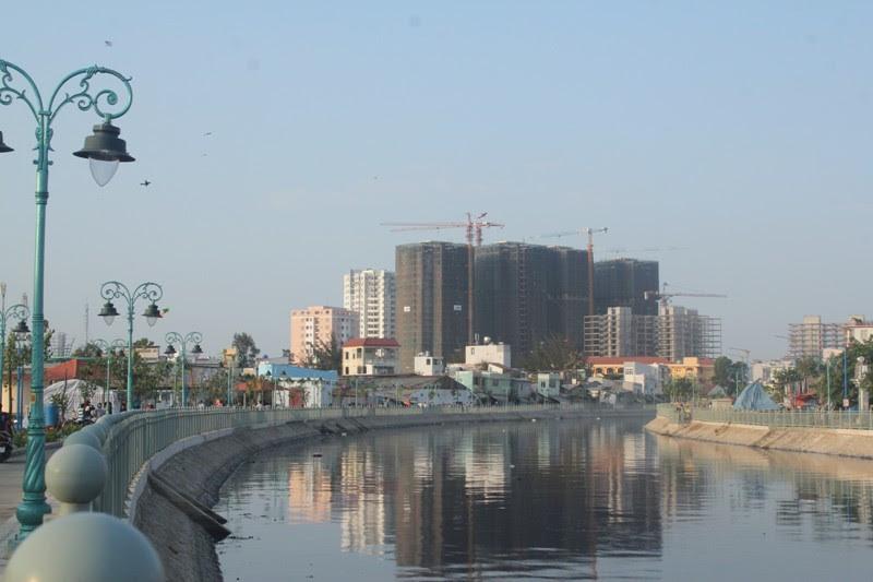Kênh tân Hóa- Lò Gốm, quận 6, ô nhiễm, kênh đen, hồi sinh, giải trí