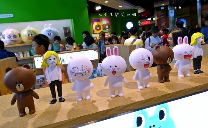 16 LINE FRIENDS STORE 微風松高店.jpg