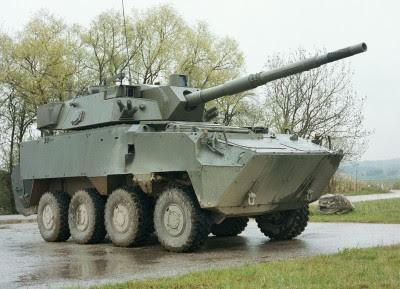 Ministério Público investiga compra de blindados militares