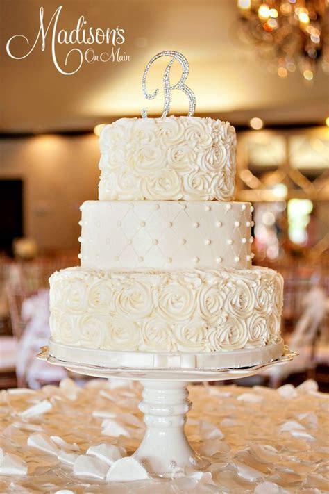 Betsey and Jeremy's ivory buttercream wedding cake