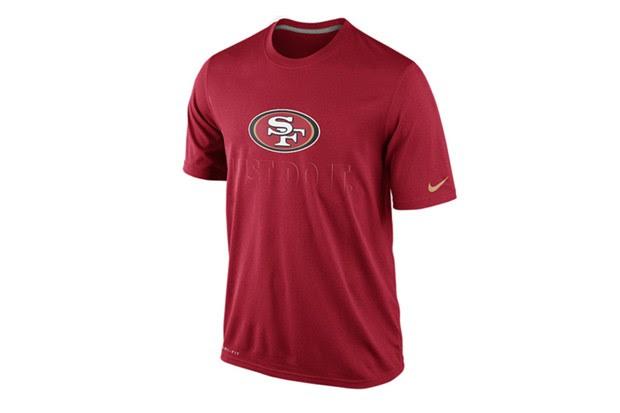 Além das camisas, Nike venderá camisetas, incluindo o San Francisco 49ers (Foto: Divulgação)
