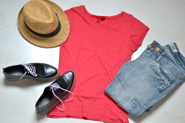 h&m divided red t shirt h&m men straw hat zara trf destroyed distressed jeans zara trf transparent derby fall winter 2013 2014 outfit inspiration belgium fashion blogger turn it inside out