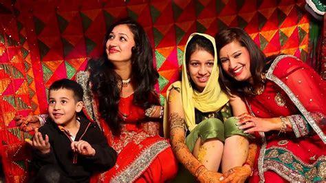Mehandi, vatna (batna) n choora Ceremony   Sikh Wedding